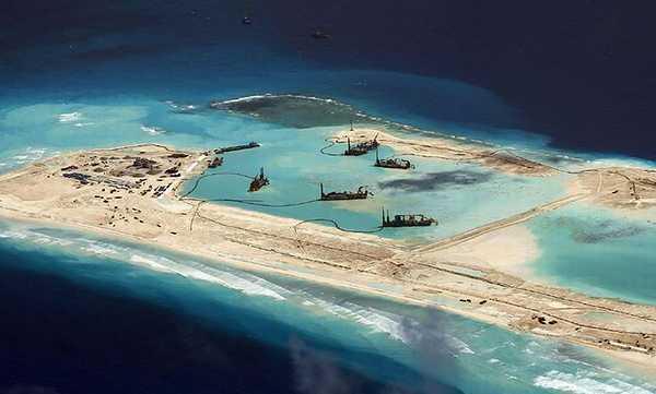 南シナ海の人工島